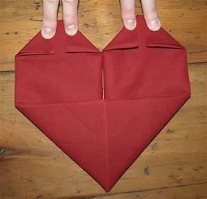 Pliage De Serviette En Papier Facile : le pliage de serviettes exemples et tutos comment faire ~ Melissatoandfro.com Idées de Décoration