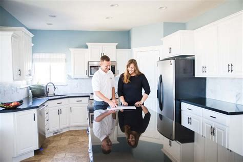 how to paint kitchen cabinets painter1 painting franchise painting services 8802