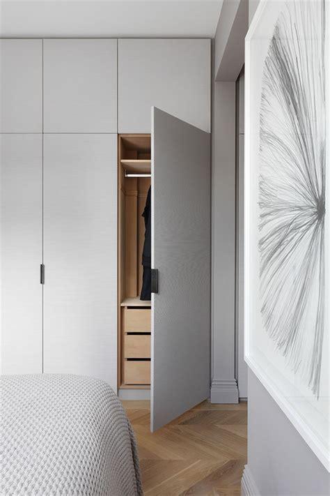 Bedroom Wardrobe Doors by Best 25 Wardrobe Doors Ideas On Built In