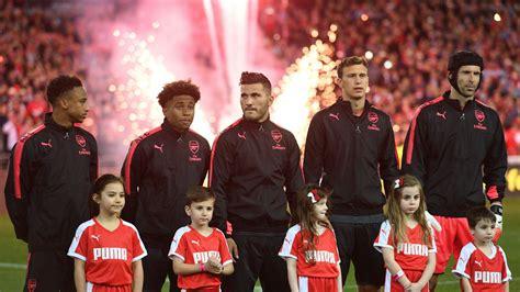 FIFA 18 Arsenal XI - Squad | FUTBIN