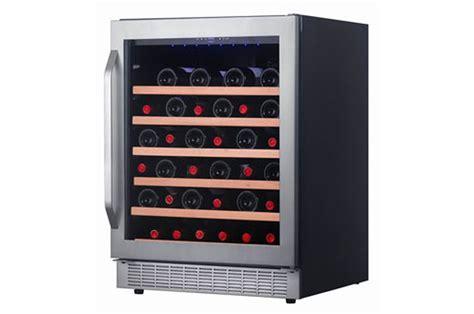 cave a vin encastrable avintage av51sx inox av51sx 3603113 darty