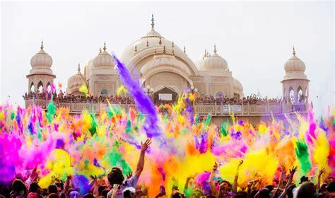 indian color festival holi color festival india bored panda