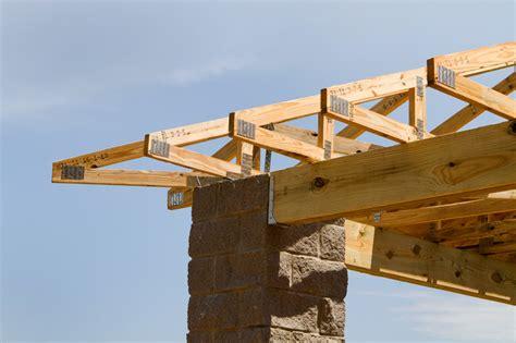 Wichtig Bei Der Dachbeschichtung Der Dachstuhl by Der Aufbau Eines Dachstuhls 187 Im 220 Berblick