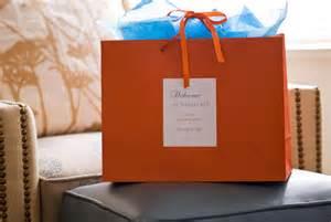 wedding hotel bags classic wedding wednesday hotel gift bags
