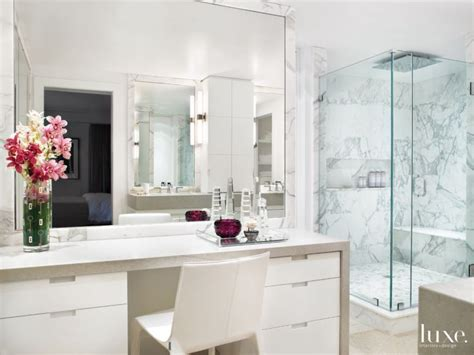 Modern Bathroom Makeup Vanity by Best 25 Modern Makeup Vanity Ideas On Modern