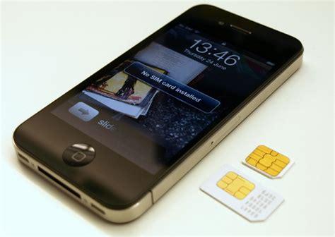 iphone sim failure iphone 4s owners report sim card failure