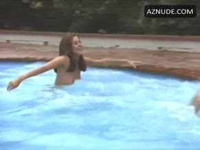 Mara Lorenzio  nackt