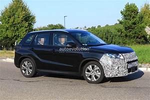 Suzuki Vitara S : 2018 suzuki vitara facelift spied has blocked off grille autoevolution ~ Medecine-chirurgie-esthetiques.com Avis de Voitures