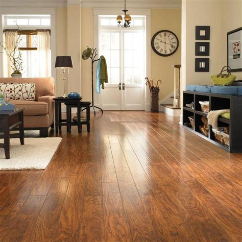 Pergo Flooring Installed Home Depot by Pergo Xp Highland Hickory Laminate Flooring 13 1 Sq Ft