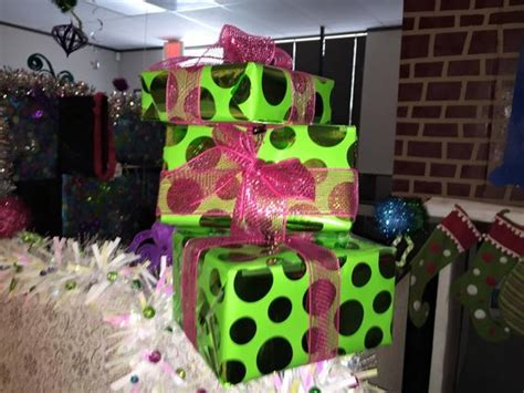 whoville gifts whoville office decorating pinterest