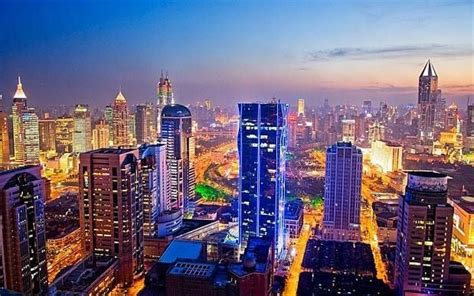 china capital flight flashes warning  authorities forced