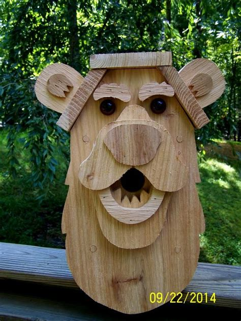 cedar wood bear bird house bird house feeder bird house