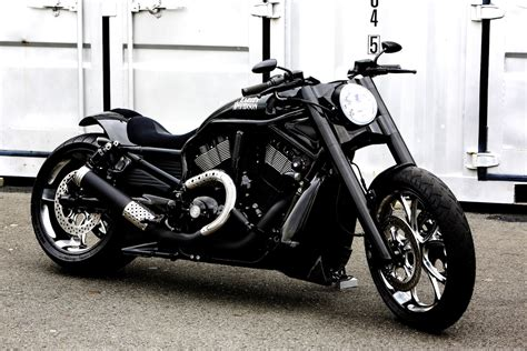 rod custom planet japan harley v rod quot custom mario 9 quot by bad land