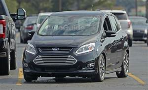 C Max 2017 : 2017 ford c max spied sporting a pretty useless facelift news ~ Medecine-chirurgie-esthetiques.com Avis de Voitures