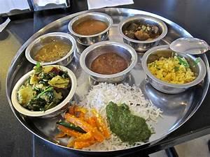A short course in Gujarati cuisine at Vishala Houston