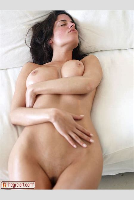 Red-Blooded Thing Galleries-Hegre Art Muriel Curves And Ass Huge Tits In Bed