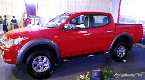 Gambar Mobil Mitsubishi Triton by Review All New Mitsubishi Triton 2015 Dealer Mitsubishi