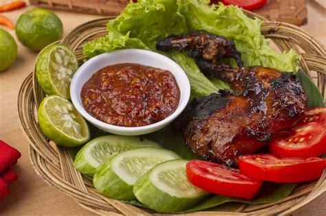 resep ayam bakar kecap bango  lezat masak  hari