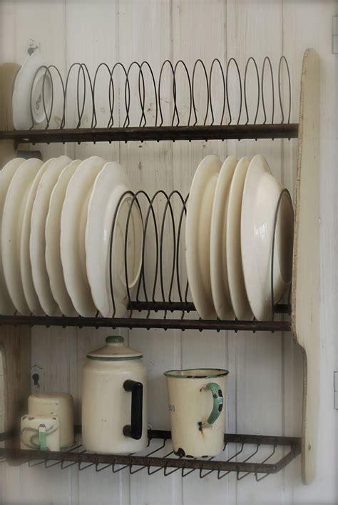 beautiful vintage dish rack  im hoping  nice swedish laydeh  sell