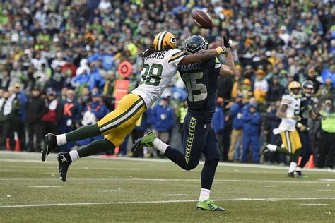 packers  seahawks final score  comeback   ages