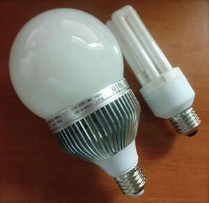 Remplacer Halogène Par Led : remplacer une ampoule de 100w par une ampoule led c 39 est possible eclairage led ~ Medecine-chirurgie-esthetiques.com Avis de Voitures