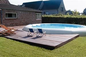 piscines hors sol le pret a plonger visitedeco With jardin autour d une piscine 6 piscines hors sol des modales de piscine hors sol varie