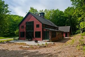 sawyer farmhouse floor plans yankee barn homes With barn builders nh