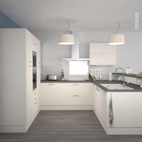 cuisine blanche et aubergine beau cuisine blanche plan de travail gris avec cuisine