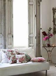 French Shabby Chic Living Room Decor