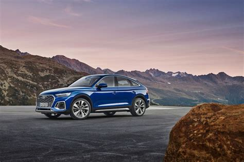 The new audi q5 combines the sportiness of an audi avant with a multifaceted character, a highly versatile interior and high everyday usability. Audi Q5 Sportback (2020) : présentation en photos - Auto Plus