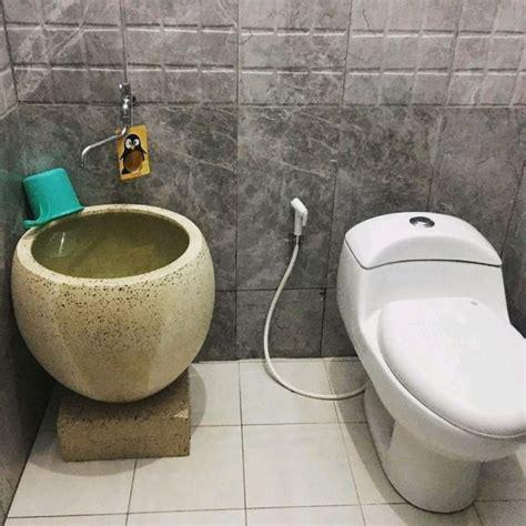 Atasi rembesan air kamar mandi lantai 2. 8 Desain Bak Kamar Mandi Minimalis yang Fungsional dan Dekoratif. Gampang Dibersihkan Lagi~