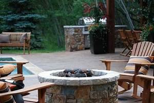 Feuerstelle Im Garten : feuerstelle im garten sammeln wir uns doch ums feuer im garten herum ~ Indierocktalk.com Haus und Dekorationen