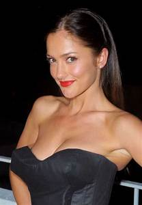 Minka Kelly named Esquire's 'Sexiest Woman Alive 2010 ...