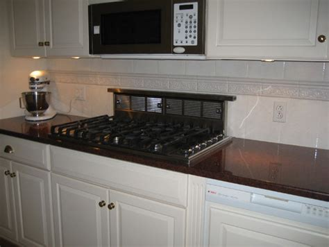 what color countertops go with white cabinets what paint colors for walls go with imperial red granite