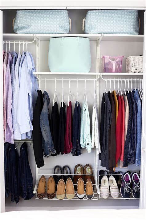 konmari method organizing clothes   girl   blog