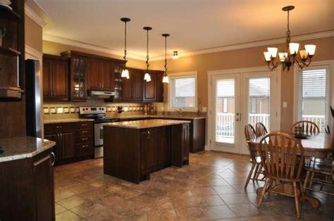 bi level kitchen designs this kitchen is in a 3 bedroom bi level home in saskatoon 4618