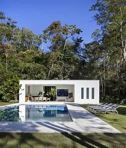 Lar colonial ganha anexo contemporâneo - Casa Vogue Casas