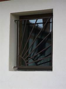 Grille De Protection Fenêtre : fabrication grille de d fense bessieres ~ Dailycaller-alerts.com Idées de Décoration