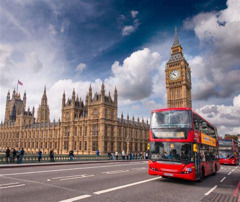 Самые живописные автобусные маршруты Лондона .