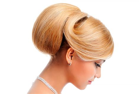 Types of Formal Hairstyles & How to Style Them Elegant
