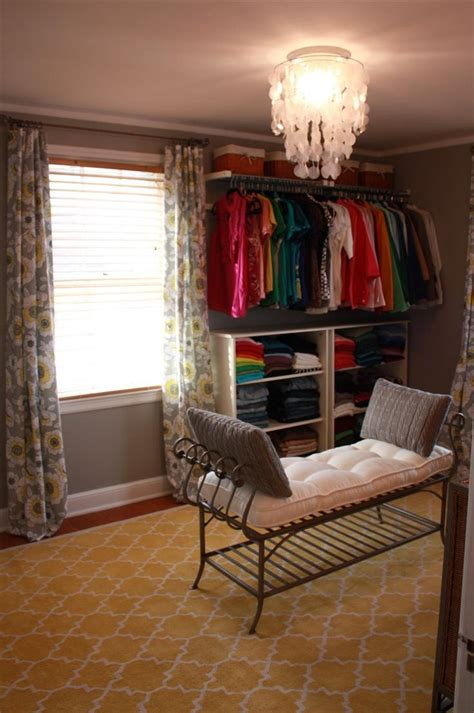 make a small room a closet home