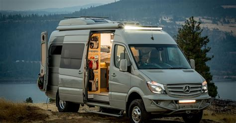 luxury camper van    grid  days curbed