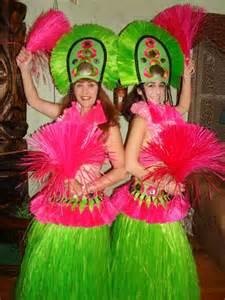 Hawaiian Hula Dancer Luau Parties