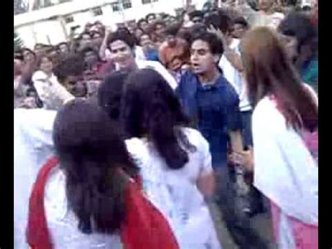 girls dance nishtar medical collage multan youtube