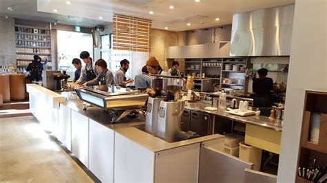 Lawrence group worked with blue bottle's brand leadership team to create unique solutions for each location, upholding a sensitivity to the local surroundings for every project. Blue Bottle Coffee Shinjuku Cafe - Shinjuku - Restaurant Reviews, Phone Number & Photos ...