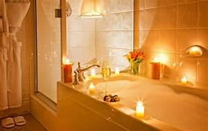 Sinnliche Bilder Fürs Schlafzimmer : romantisches schlafzimmer mit kerzen ~ Bigdaddyawards.com Haus und Dekorationen