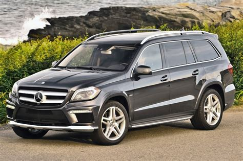 It has high safety scores and excellent passenger and cargo room. Used 2015 Mercedes-Benz GL-Class SUV Pricing - For Sale ...