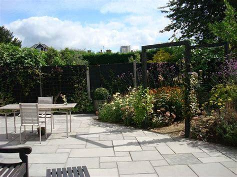 Modern Garden Photos Long, Narrow, Contemporary Garden