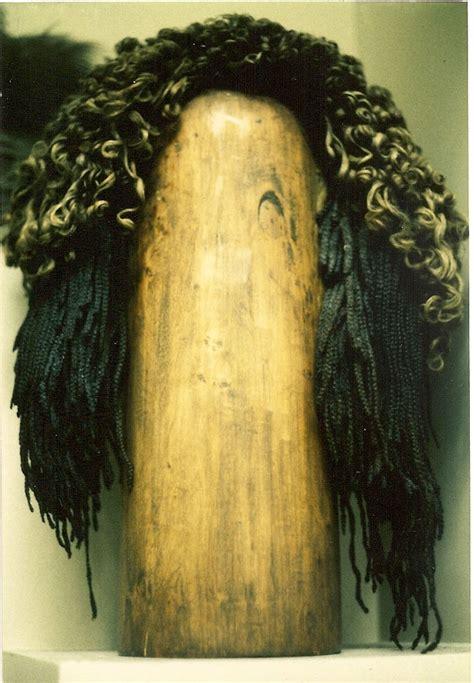 archaeologies  hair  head   grooming