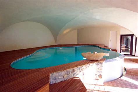 chambre de princesse les 15 plus belles piscines privées idées pour une piscine privée les clés de la maison